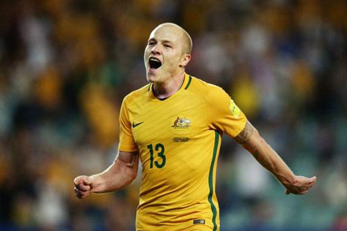 9. Aaron Mooy (Australia - Giá trị chuyển nhượng khoảng 9,5 triệu euro).