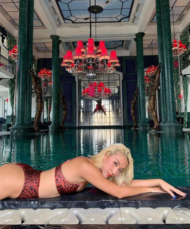 Dàn hot girl diện bikini, khoe dáng gợi cảm khi đi du lịch đầu hè ảnh 03