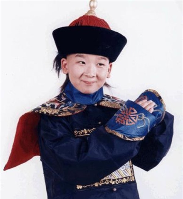 """""""Tiểu quỷ số 1 Trung Quốc"""" sau 27 năm gia nhập showbiz phát tướng, già như ông chú trung niên - Ảnh 7."""