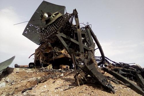 Hệ thống phòng không S-300/400 bất lực trong việc bảo vệ mục tiêu mặt đất khỏi bị tiêm kích Israel phá hủy. Ảnh: Avia-pro.