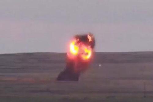 Su-34 ném bom mang động cơ phản lực công phá kinh hoàng