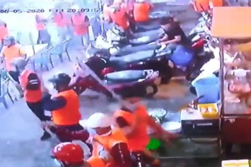 Băng giang hồ 200 người đập phá, chém người trong quán ốc ở Sài Gòn