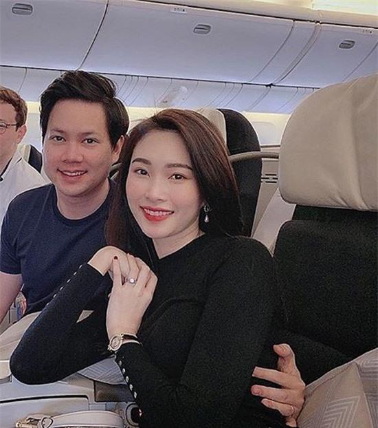 Cuộc sống hôn nhân của top 3 Hoa hậu Việt Nam 2012 - Ảnh 2.
