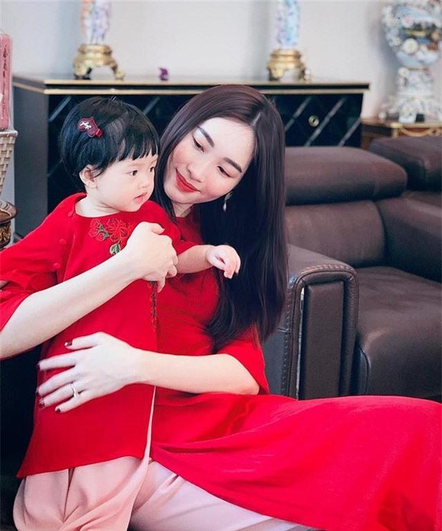 Cuộc sống hôn nhân của top 3 Hoa hậu Việt Nam 2012 - Ảnh 3.