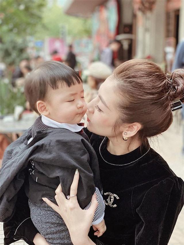 Cuộc sống hôn nhân của top 3 Hoa hậu Việt Nam 2012 - Ảnh 9.