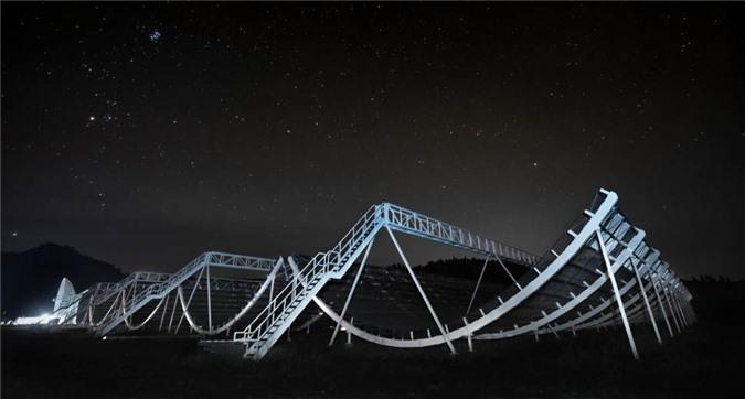 Phát hiện sóng radio bí ẩn trong dải Ngân Hà - 1