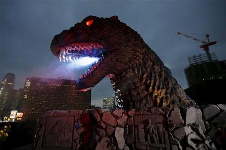 Rùng mình với khách sạn quái vật ở Nhật Bản - ảnh 7