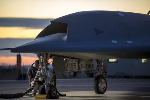 Nga giật mình khi Mỹ thử nghiệm UAV chiến đấu có trí tuệ nhân tạo