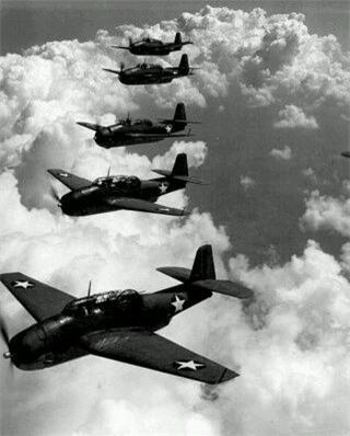 4 câu chuyện bí ẩn về máy bay mất tích - 1