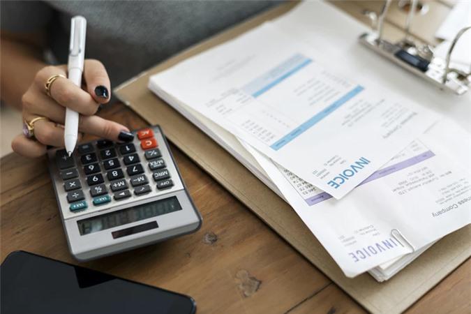 6 sai lầm trong quản lý tài chính gia đình mà các cặp vợ chồng trẻ thường hay mắc phải - Ảnh 3.