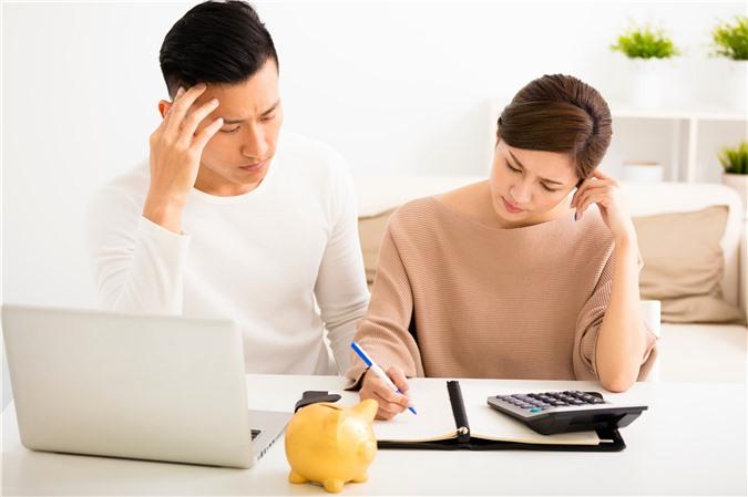 6 sai lầm trong quản lý tài chính gia đình mà các cặp vợ chồng trẻ thường hay mắc phải - Ảnh 4.