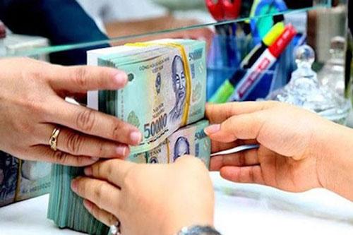 Tăng trưởng tín dụng toàn ngành ngân hàng đến cuối tháng 5 dạt 1,96% (Ảnh minh hoạ: Internet)
