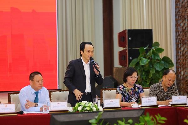 Ông Trịnh Văn Quyết - Phó chủ tịch CLB Doanh nhân Sao Đỏ, Chủ tịch Tập đoàn FLC - Sao đỏ năm 2014