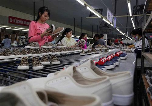 Theo HSBC, cùng với dệt may, da giày là ngành được hưởng lợi nhiều nhất từ EVFTA. Ảnh minh họa.