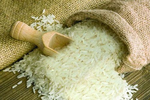 Sau khi tăng ở mức kỷ lục, giá gạo XK bắt đầu sụt giảm (Ảnh Internet)