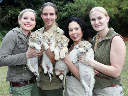Nhân viên vườn thú và những