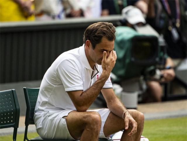 Roger Federer sẽ nghỉ thi đấu hết năm 2020 - Ảnh 1.