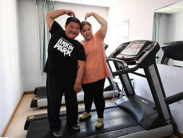Nhờ sự nỗ lực, cặp đôi đã giảm cân một cách đáng kể