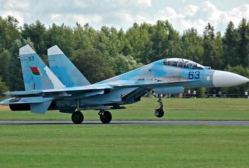 Belarus vẫn phải cho niêm cất các máy bay Su-27 vì chi phí vận hành cao