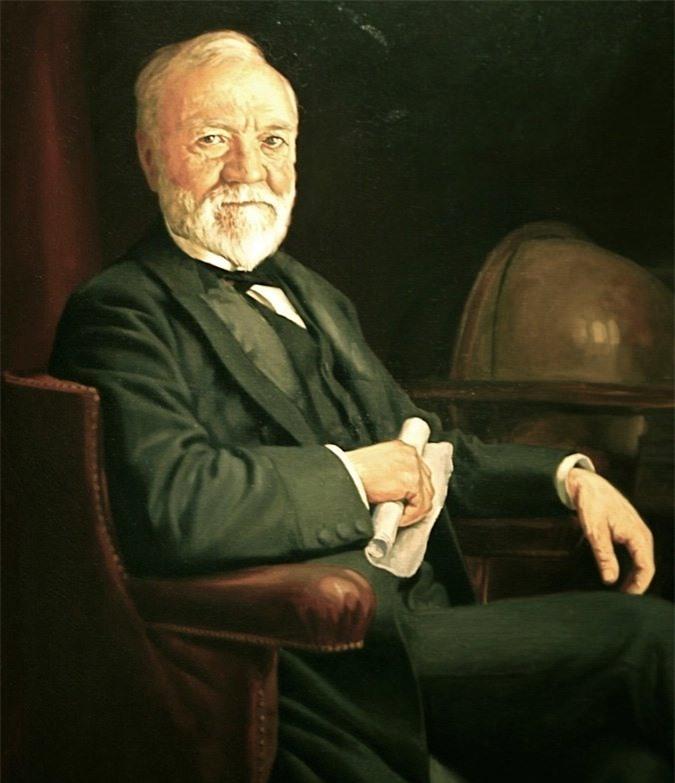 Ông được đánh giá là người Mỹ giàu nhất mọi thời đại.