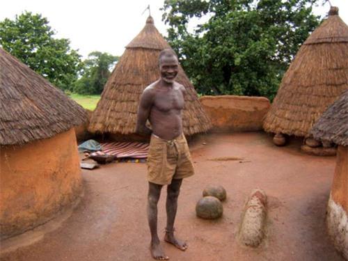 Nhà nấm độc đáo của người Tây Phi - 3