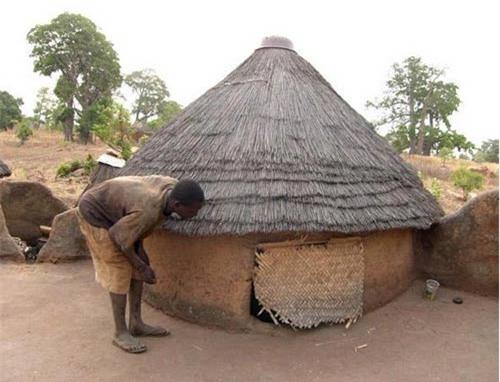 Nhà nấm độc đáo của người Tây Phi - 4