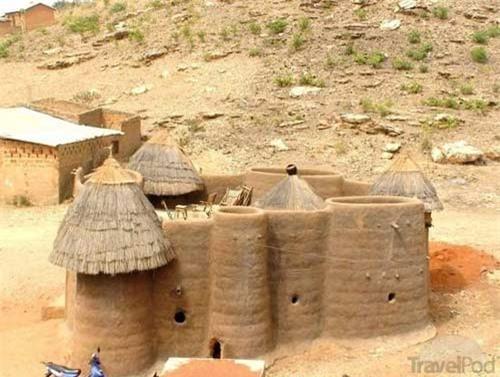 Nhà nấm độc đáo của người Tây Phi - 8