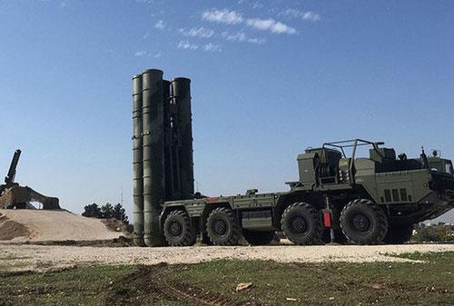 Rạng sáng 5/6/2020, Không quân Israel đã bất mở tiến hành một cuộc tập kích đường không quy mô lớn nhằm vào mục tiêu quân sự của Quân đội Syria (SAA) nằm gần thị trấn Masyaf trên vùng nông thôn tây Hama, Syria.