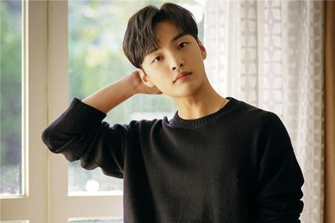 Park Bo Gum và loạt mỹ nam đi hát thất bại, vụt sáng khi là diễn viên - Ảnh 15