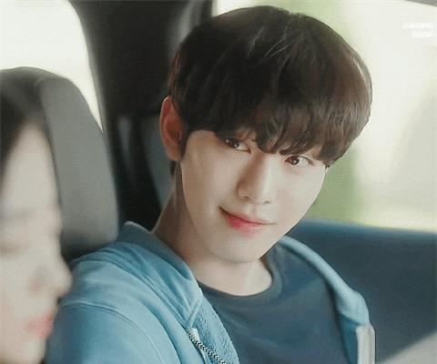 Park Bo Gum và loạt mỹ nam đi hát thất bại, vụt sáng khi là diễn viên - Ảnh 3