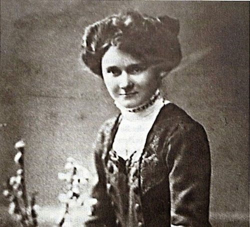 Em gái Hitler trong một bức ảnh thời trẻ. Ảnh: foreignpolicyi.org