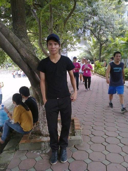 Năm 2014, Vương có thân hình gầy gò, ốm yếu.