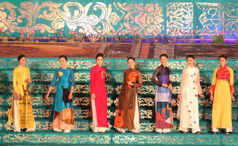 Những bộ sưu tập thời trang áo dài của các nhà thiết kế nổi tiếng Huế, Hà Nội, TP. HCM sẽ trình diễn trong chương trình nghệ thuật Bế mạc Festival Huế 2020.