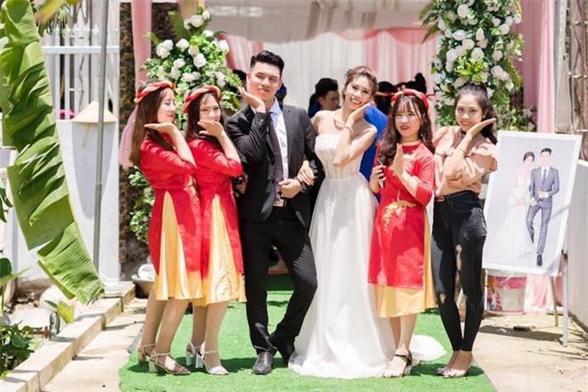 Thanh Huyền và Văn Pôn có cùng ngày tháng năm sinh.