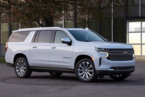 1. Chevrolet Suburban và Tahoe 2021.