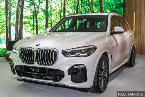 2020 BMW X5 xDrive45e PHEV.