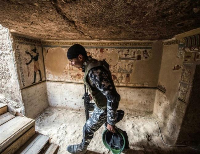 Ai Cập: phát hiện thêm một ngôi mộ cổ 2.000 năm tuổi - 2