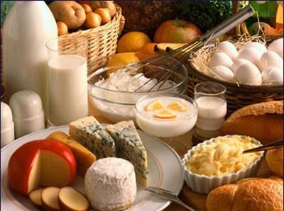 Giai đoạn rụng trứng, tránh những đồ ăn nhiều chất béo vì chúng có thể khiến bạn cảm thấy hơi lờ đờ.