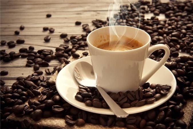 Tránh những thứ như cồn và caffein trong suốt giai đoạn hoàng thể.