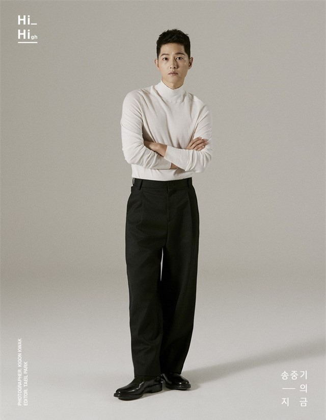 Song Joong Ki tung bộ ảnh mới, hé lộ cuộc sống đời tư - Ảnh 2.