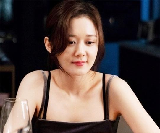 Vì sao dư luận vẫn sôi sục vì Hyun Bin và Song Hye Kyo? - Ảnh 7