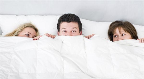 Đêm nào cô em chồng cũng đòi ngủ chung với anh trai - 2