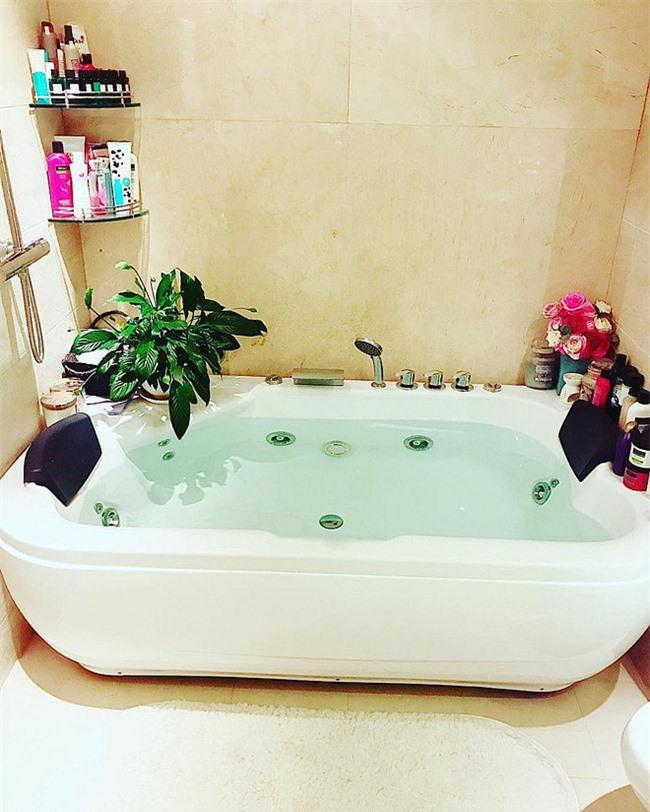 Phòng tắm hiện đại thoải mái thư giãn