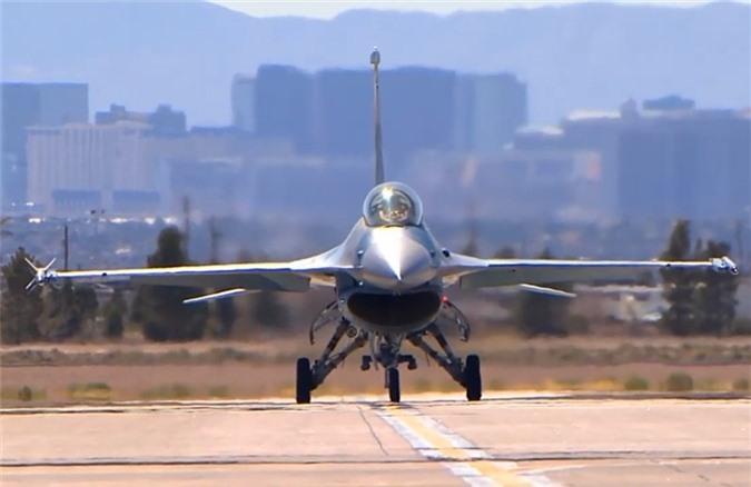 My cho tiem kich F-16 gia dang Su-57 Nga de tim cach khac che-Hinh-7