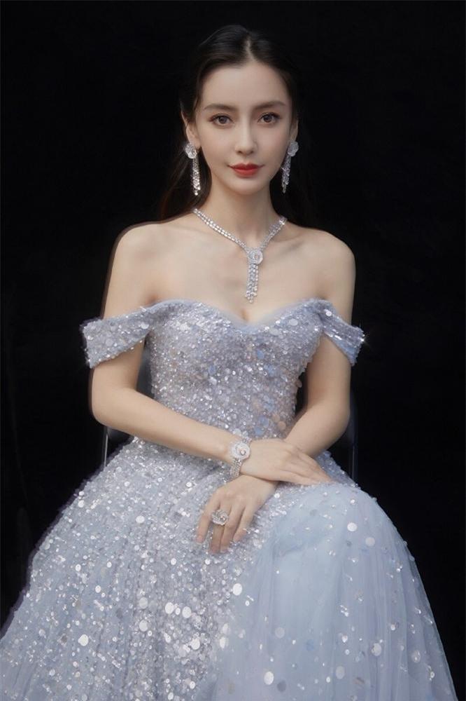 Triệu Lệ Dĩnh, Angela Baby và những bà mẹ bỉm sữa hot nhất màn ảnh Hoa ngữ - Ảnh 5