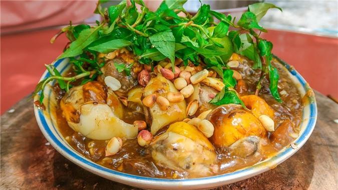 """Những món ăn đường phố Sài Gòn """"được lòng"""" du khách nhất"""