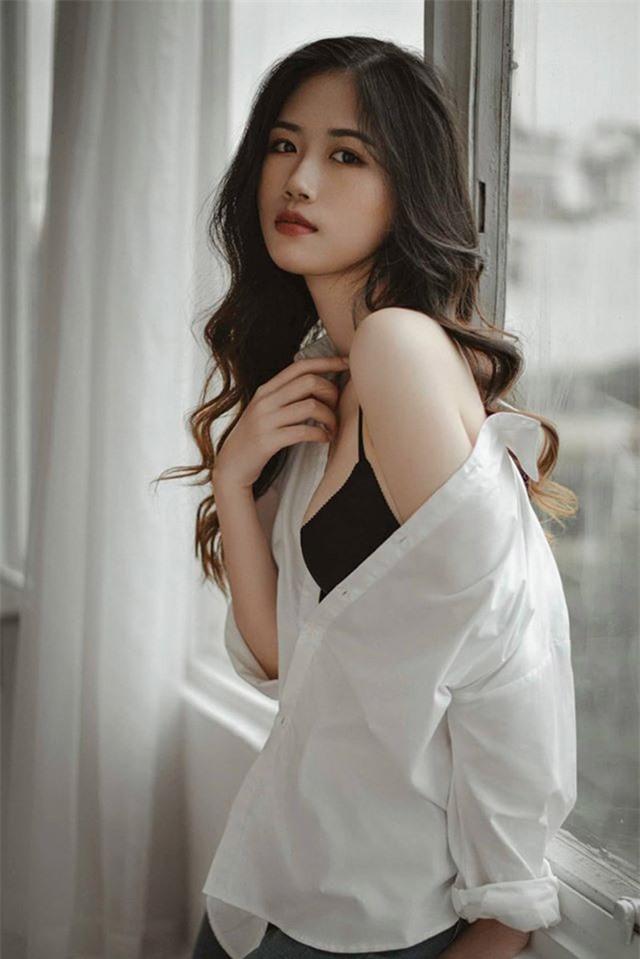 Nữ sinh 10X Hà thành được khen đẹp thuần khiết, dịu dàng - 2
