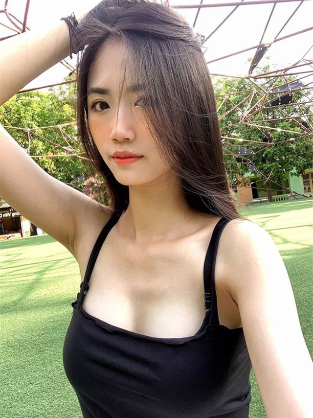 Nữ sinh 10X Hà thành được khen đẹp thuần khiết, dịu dàng - 7