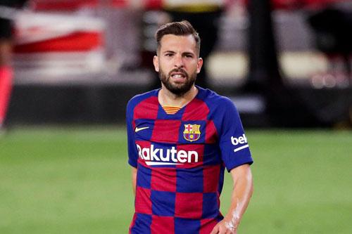 Hậu vệ trái: Jordi Alba (Barcelona, 31 tuổi, giá trị chuyển nhượng: 40 triệu euro).