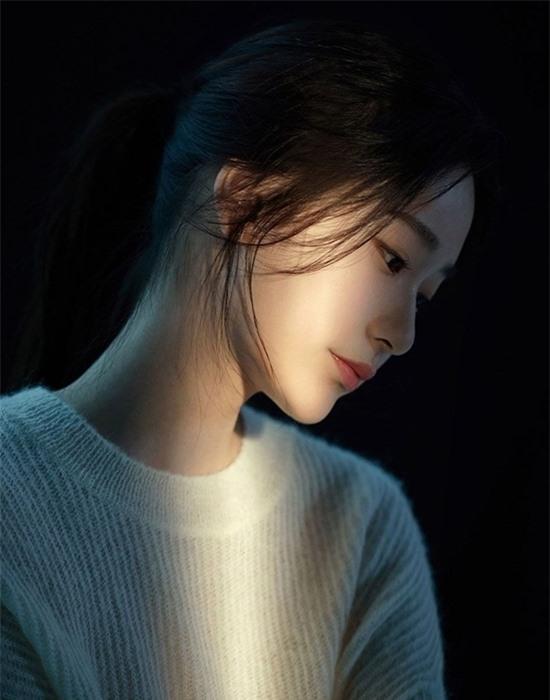 Nữ diễn viên 10x có nhan sắc kết hợp giữa Yoona - Krystal - Ảnh 2